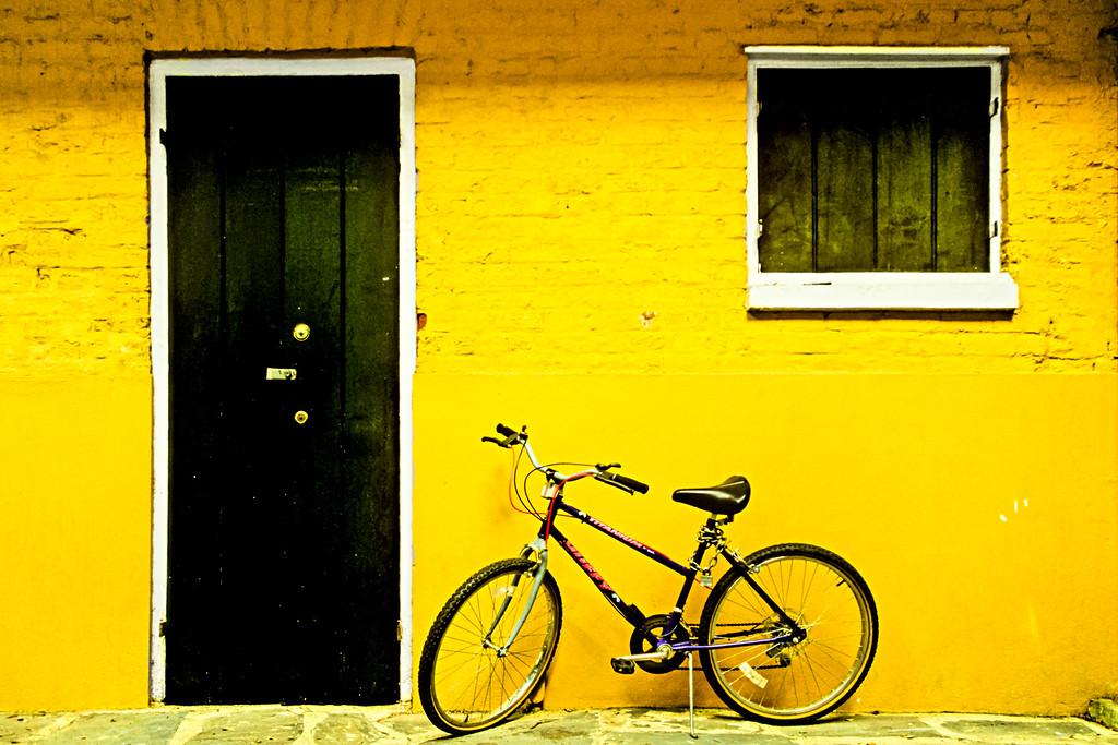 Black Door Lemon Wall